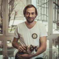 Kosma Brijatoff - Équipe Animal University - Vivre et travailler dans le respect de l'animal