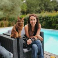 Sandie Decortiat - Équipe Animal University - Vivre et travailler dans le respect de l'animal